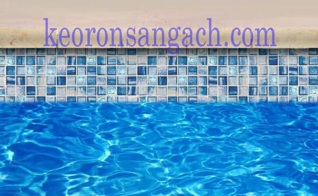 Chà ron gạch vách hồ bơi